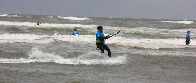 Nooit te oud om te beginnen met kitesurfen