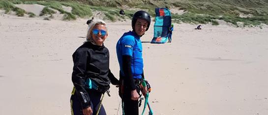 kies voor de beste kitesurfschool voor jouw privéles kitesurfen