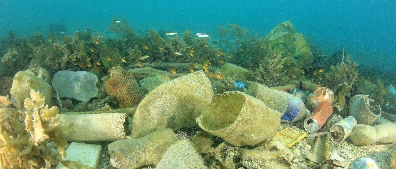 Plastic soep: alles wat je moet weten over plastic in de oceaan