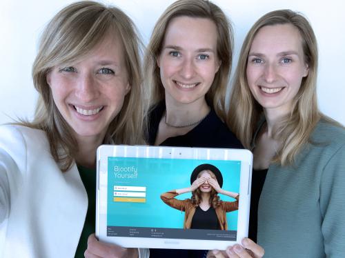 3 zussen met Bjootify