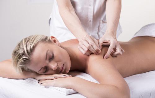 ontspannende acupunctuurbehandeling