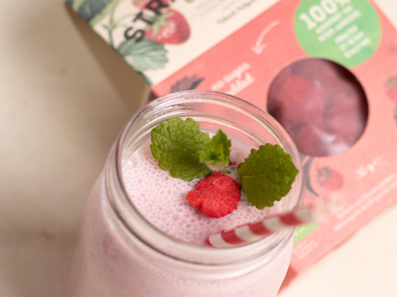 milkshake bio aardbei gevriesdroogd