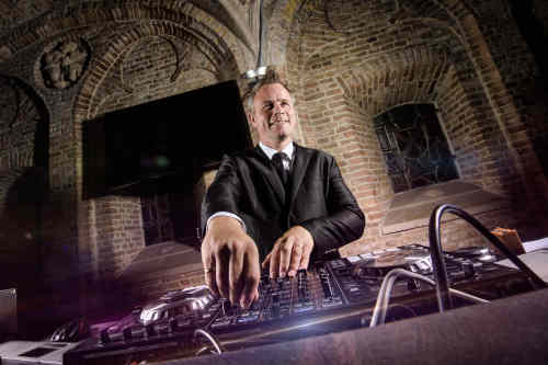 DJ Johan Post huren voor een onvergetelijk feest