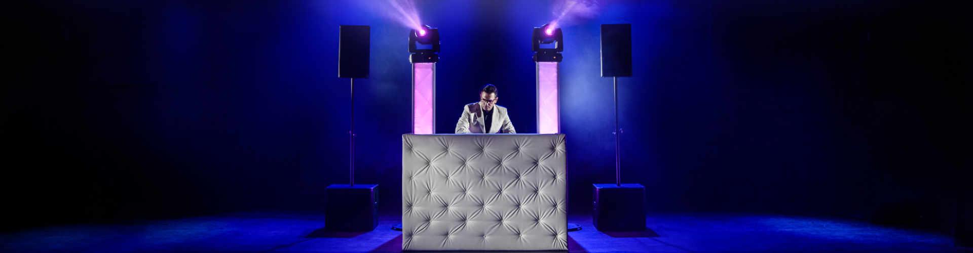 Exclusieve DJ-Show huren voor feest, bruiloft, bedrijfsevenement en verjaardag