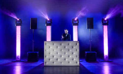 DJ Johan Post boeken met saxofonist Sax Up The DJ huren of inhuren voor bedrijfsfeest, verjaardag of (jubileum) bruiloft