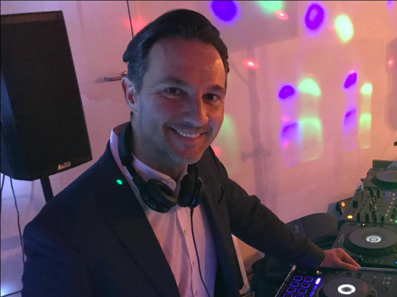 Bruiloft DJ Fred huren