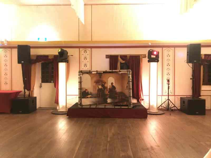 DJ in Alphen aan den Rijn boeken Archeon Plotinea bruiloft met dj-show van Ambitious