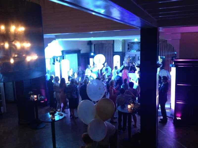 DJ boeken in Baarn Kasteel De Hooge Vuursche voor feest met Ambitious