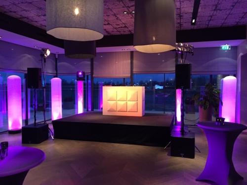 DJ huren in Badhoevedorp The International voor bruiloft, verjaardag of bedrijfsfeest