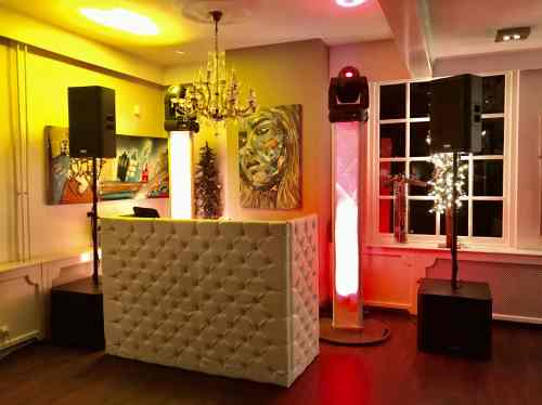 DJ huren in Beverwijk De Jonge Halewijn voor bruiloft, verjaardag of bedrijfsfeest