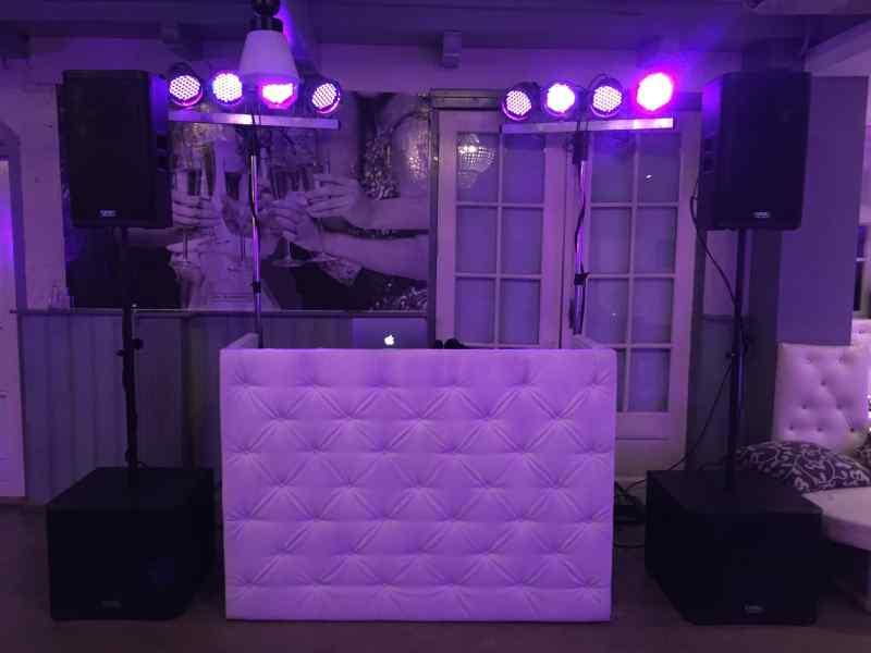 DJ in Delft boeken in De Brasserij Serre voor bruiloft wedding deal dj-show van Ambitious inhuren