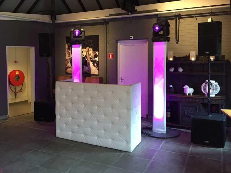 DJ Johan Post boeken, huren of inhuren voor ceremonie, receptie en (jubileum) huwelijksfeest zoals hier voor Het Witte Hof te Haastrecht