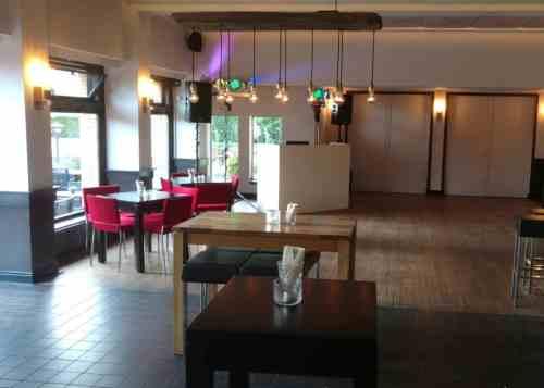 DJ huren in Den Haag Brasserie Berlage voor privé feest of zakelijk evenement