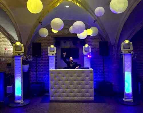 DJ huren in Dordrecht de Raedtskelder voor bruiloft, verjaardag of bedrijfsfeest
