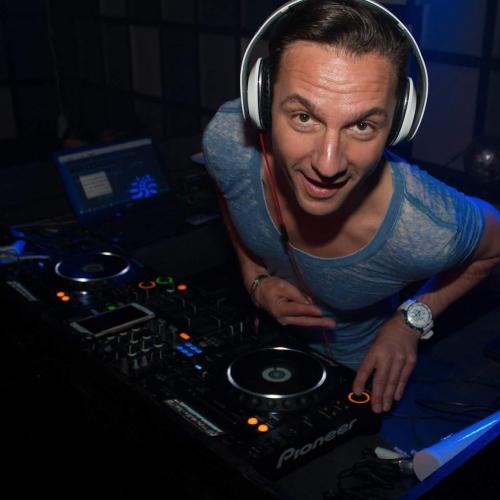 DJ Fred huren allround, lounge of silent voor bruiloft, zakelijk evenement of ander feest