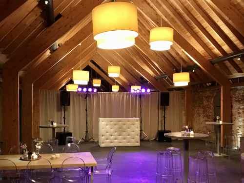 DJ huren in Kasteelhoeve Geldrop voor bruiloft, verjaardag of bedrijfsfeest