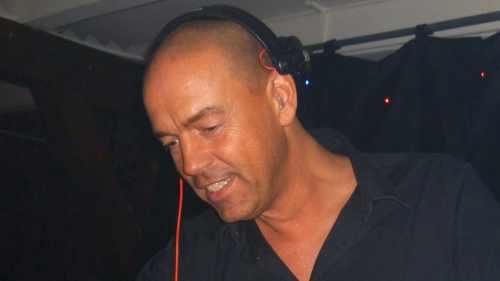 DJ huren voor 50e, 60e of 70e verjaardag met dj van Ambitious