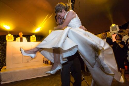 DJ in Haastrecht voor bruiloft boeken of inhuren Ambitious bruiloft dj boeken hier tijdens exclusieve huwelijksfeest met dj van Ambitious