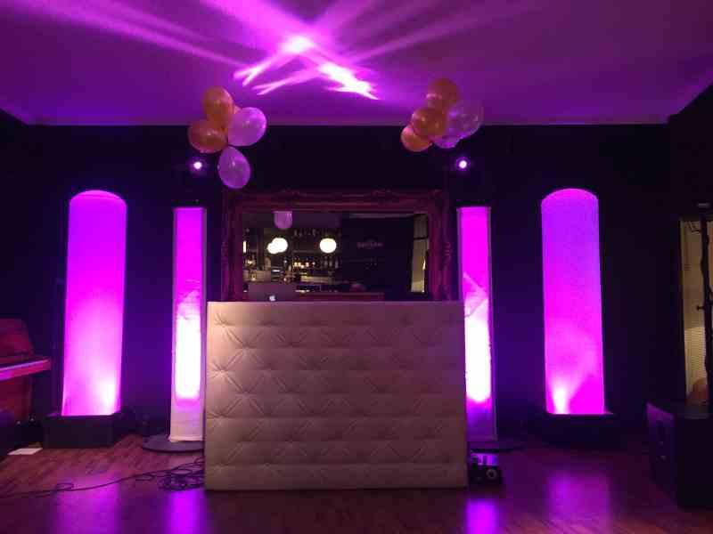 DJ in Gouda inhuren voor in Brasserie Bar De Zalm Ambitious dj boeken of huren voor bruiloft, bedrijfsfeest of verjaardag