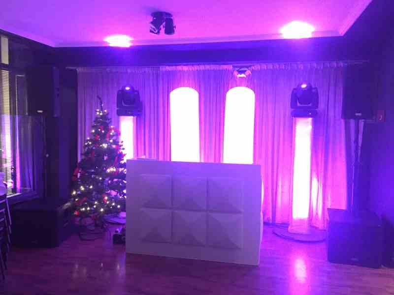 DJ in Gouda huren voor in Brasserie Bar De Zalm Ambitious DJ-Show boeken of inhuren voor kerstfeest of personeelsfeest