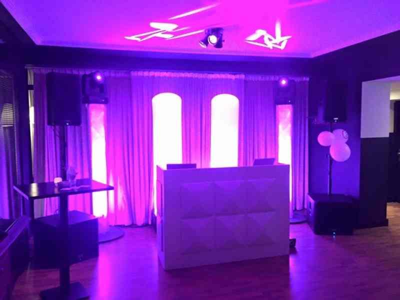 DJ in Gouda boeken in Brasserie Bar The Club Room dj-show van Ambitious huren of inhuren voor bruiloft of zakelijk evenement