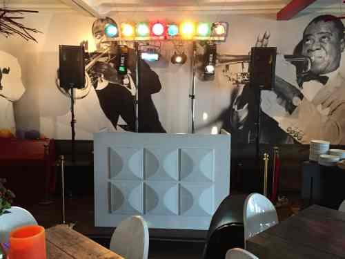 DJ in Haastrecht huren in Het Witte Hof voor bruiloft, verjaardag of bedrijfsfeest