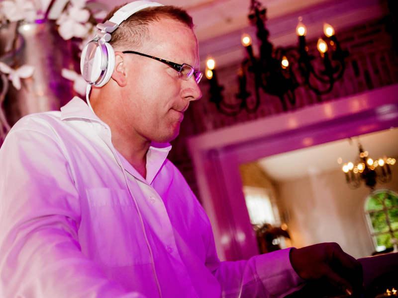 Allround DJ Klaas boeken voor bruiloft, zakelijk evenement of ander feest