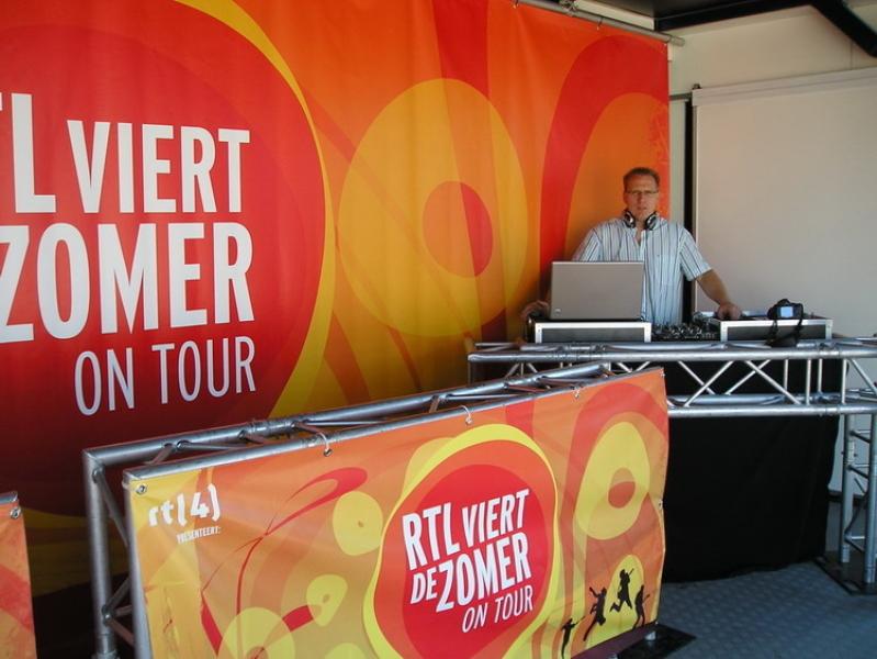 DJ Klaas boeken voor RTL Viert De Zomer tijdens Grand Depart Tour de France in Rotterdam