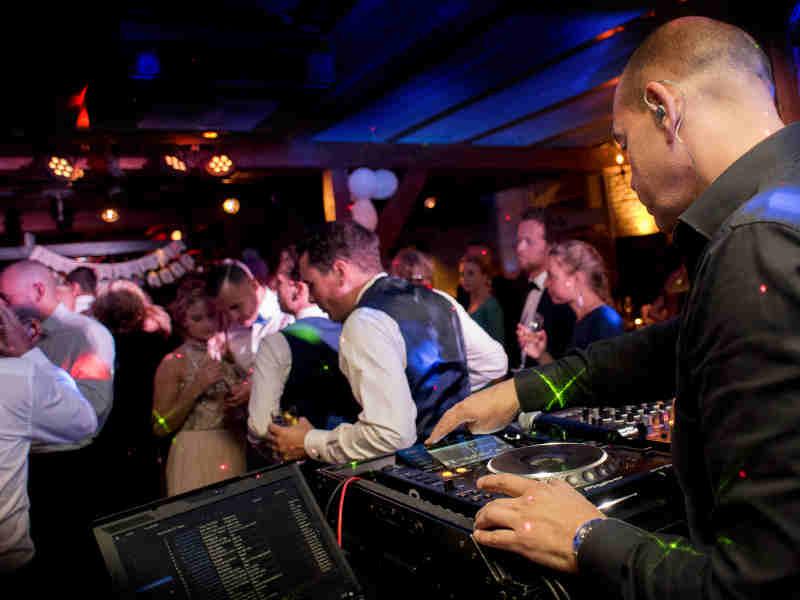 DJ Leon huren voor bruiloft ceremonie, receptie of trouwfeest
