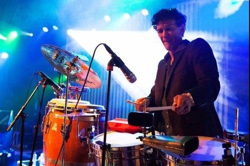 Percussionist Martin huren of boeken