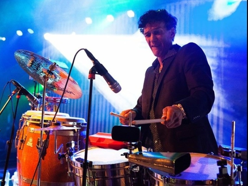 Percussionist Martin huren: stijlvol en steady