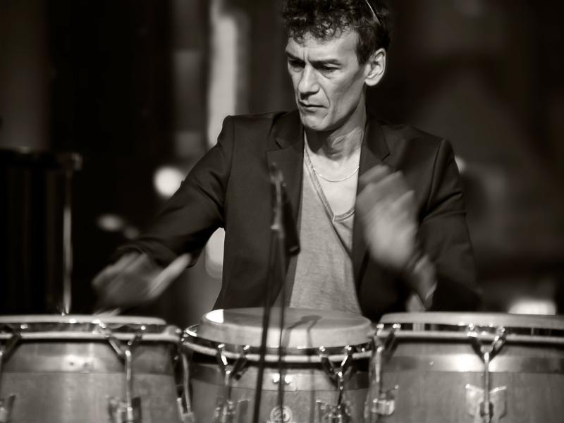 Percussionist Martin boeken vriendelijke en veelzijdige vakman