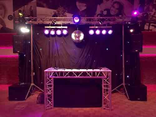 DJ huren in De Noviteit in Monster voor bruiloft, verjaardag of bedrijfsfeest