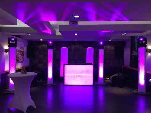 DJ huren in Bij5 in Naaldwijk voor bruiloft, verjaardag of bedrijfsfeest