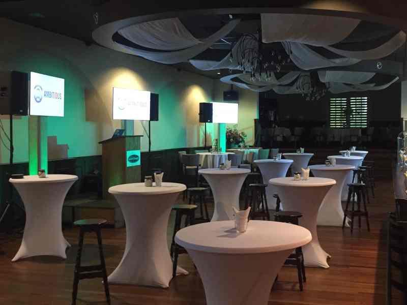 DJ in Reeuwijk Gasterij Vergeer Amicitia boeken voor bedrijfsevenement dj-show van Ambitious huren met lcd-schermen