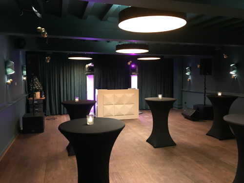 DJ in Utrecht Stadskasteel Oudaen boeken of inhuren voor personeelsfeest met Ambitious dj