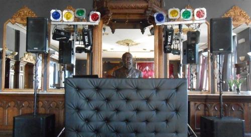 DJ huren in Venlo Grand Café Maagdenberg voor bruiloft, verjaardag of bedrijfsfeest