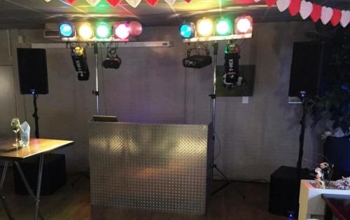 DJ huren in Waddinxveen Hotel Restaurant De Unie voor bruiloft, verjaardag of bedrijfsfeest
