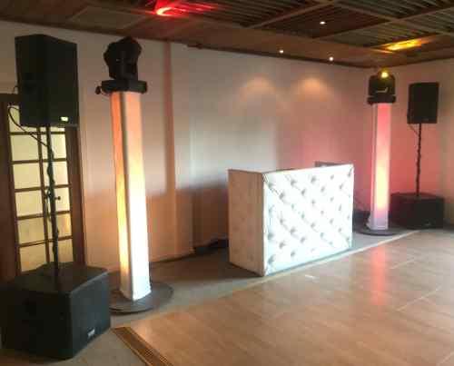 DJ huren in Dekker Zoetermeer bruiloft met Ambitious DJ-Show