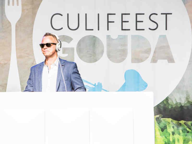 DJ Johan Post boeken voor openbaar culinair evenement of inhuren zoals hier voor Culifeest in Gouda