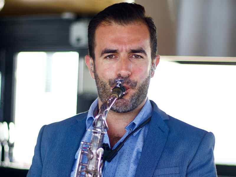 Saxofonist Rafaël huren voor bruiloft