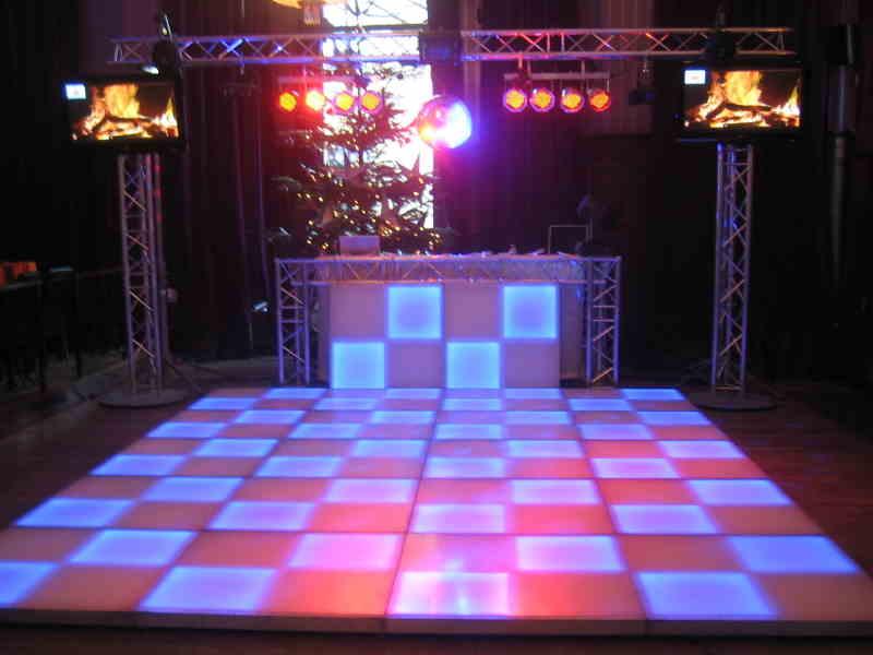 Verlichte dansvloer huren voor bedrijfsfeest