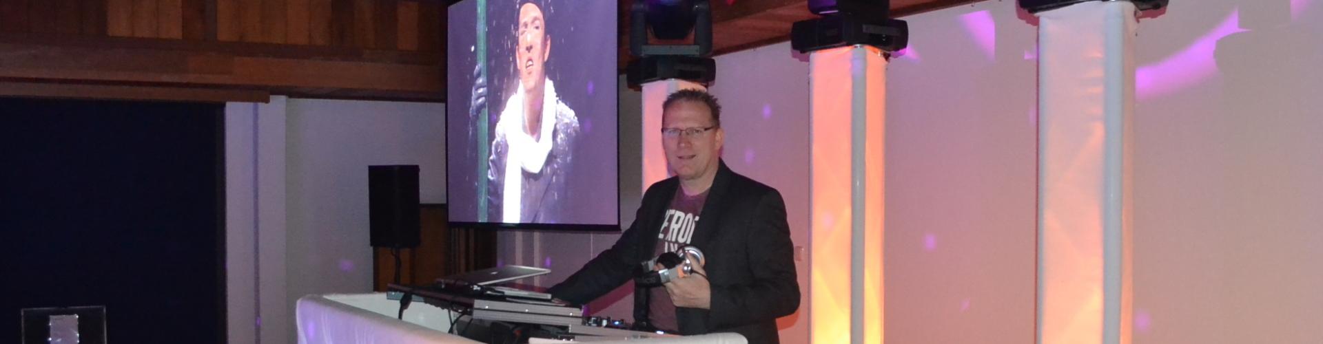 DJ boeken of inhuren voor feest Ambitious DJ Klaas hier voor exclusief personeelsfeest in Dekker Zoetermeer