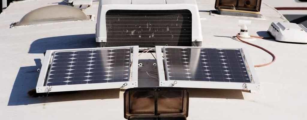 omvormer camper zonnepanelen