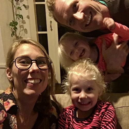 Nelleke Bontje met haar gezin op BabiesBestBeginning.nl de website over bewust, natuurlijk en ontspannen zwangerschap en bevalling.