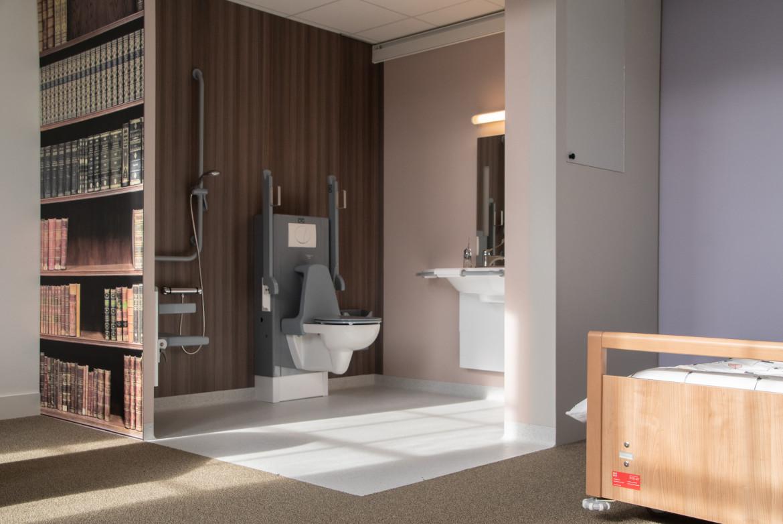 voorbeeld perfecte inrichting aangepaste badkamer