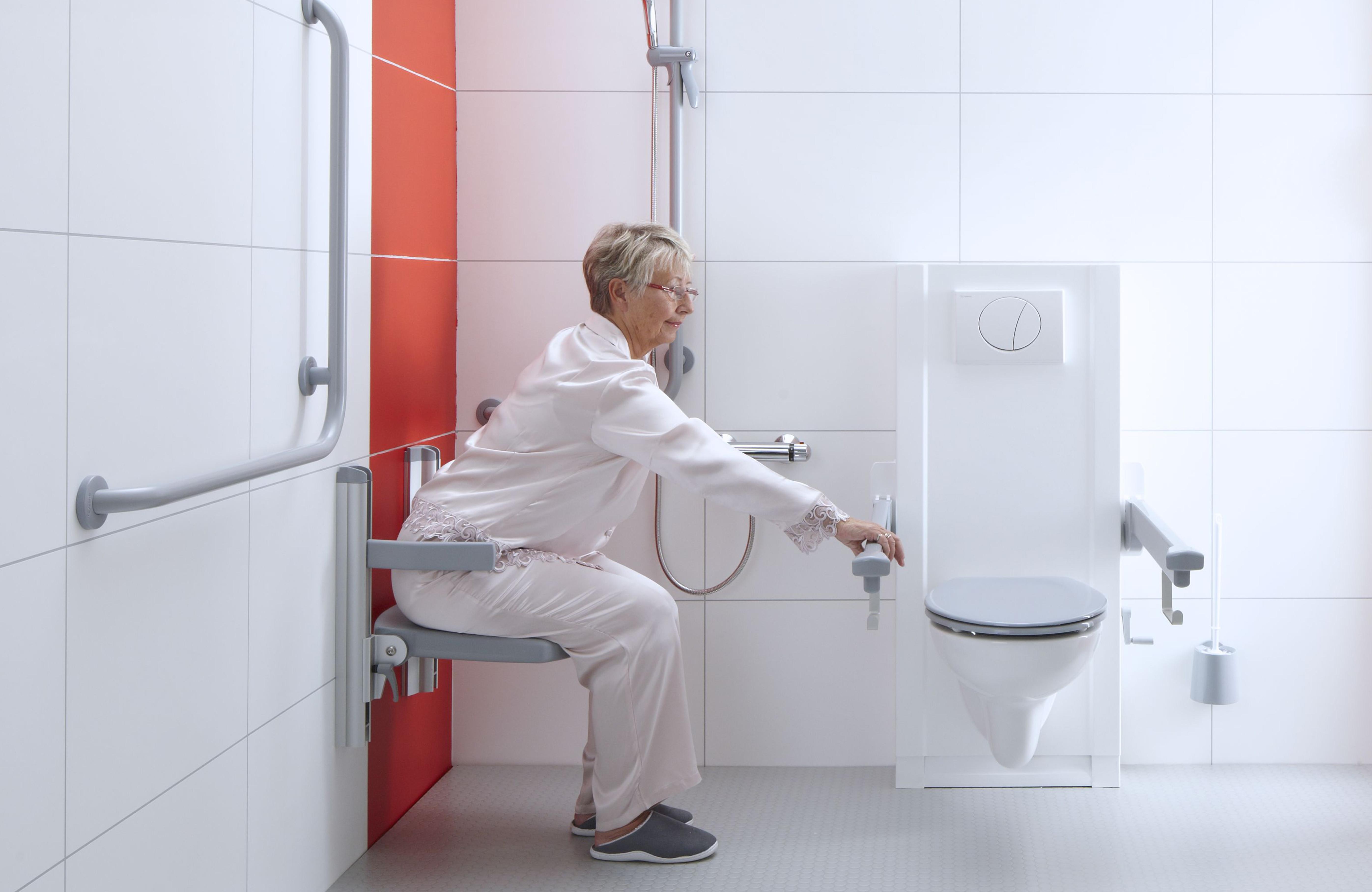 Badkamer Wastafel Hoogte : Opklapbaar douchezitje aangepaste badkamers bano zorgbadkamers