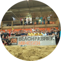Beachfabriek Nijmegen voor indoor beachvolleybal, beachtennis, beachsoccer, footvolley, bubbelbal, teamuitjes, kinderfeestjes en sportieve bedrijfsevenementen