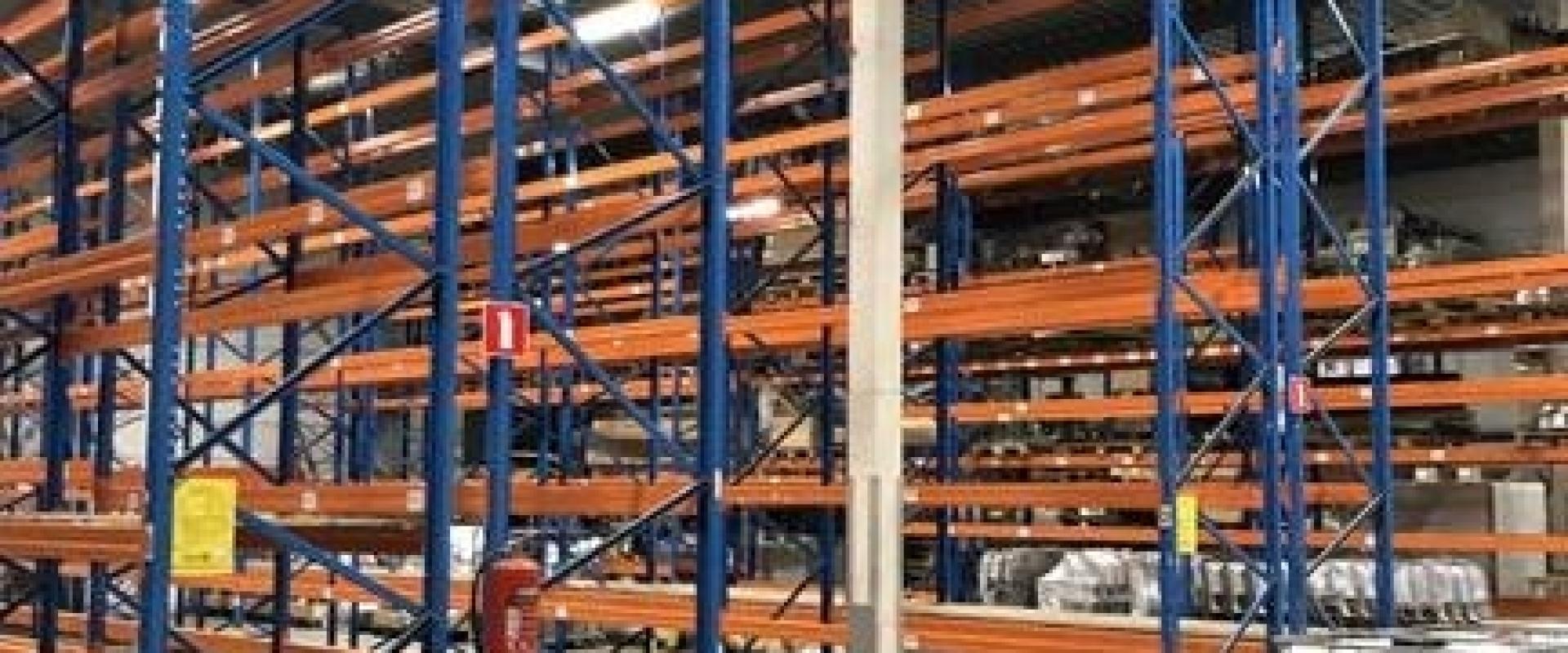 600 m2 opslagruimte beschikbaar in Heerhugowaard