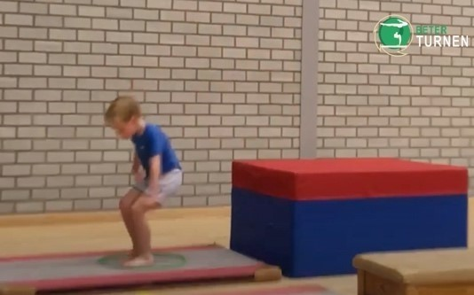 jumping-from-high-surfaces-landing